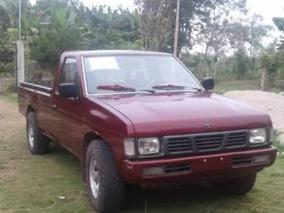 Nissan Frontier Standar