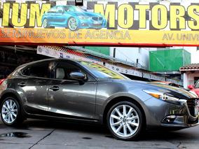 Mazda //3 Grand Touring// 2017 Como Nuevo!! Piel, Navi, Qc