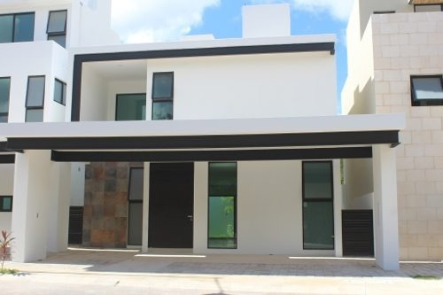 Casa En Venta Residencial Aqua 2 En Cancún C2405