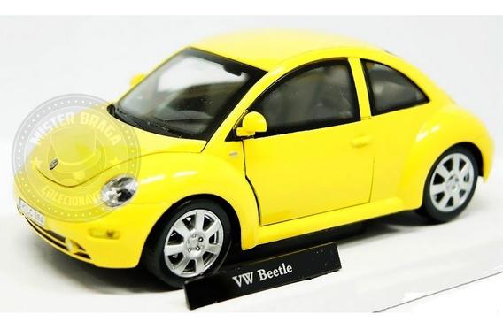 Miniatura Volkswagen New Beetle Amarela 1/24 Cararama