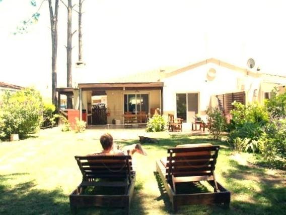 Venta Casa 2 Dormitorios En Barrio La Candela