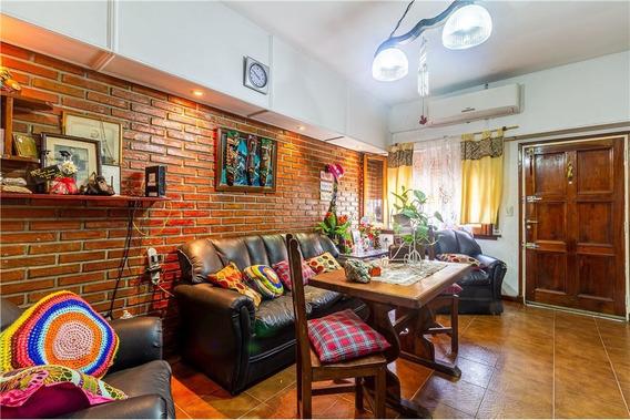 Venta Casa 3 Amb. C/patio /terraza/garage