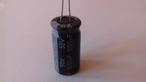 Kit 10 Capacitores Eletrolíticos 1000uf 50v 85° 12x25