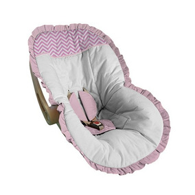 Capa Bebê Conforto Protetora Acolchoado Branco Chevron Rosa