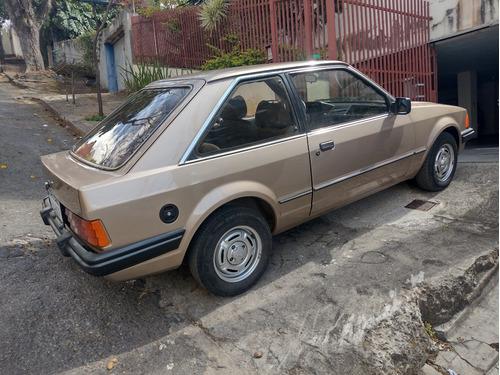 Imagem 1 de 15 de Ford Escort 1984 Placa De Colecionador