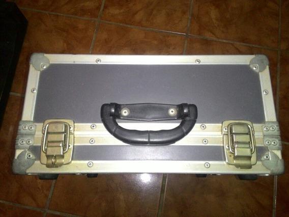 Controladora Numark Com Case E Placa De Audio.(com Case 450)