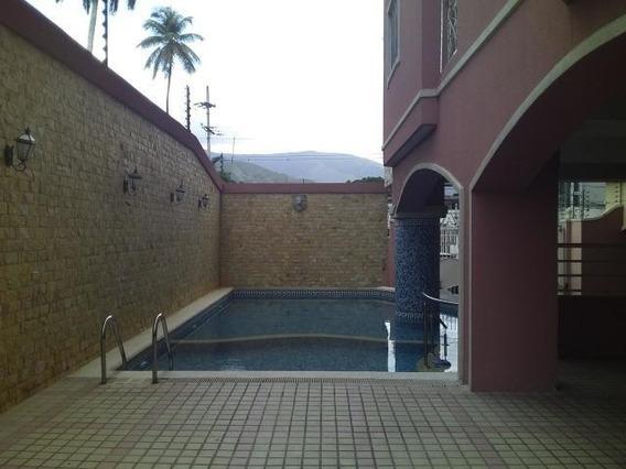 Apartamento En Venta La Arboleda Reina Victoria 20-1993 Hcc