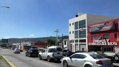 Renta De Edificio Con Local Comercial Y 2 Pisos, En Canutillo, Pachuca