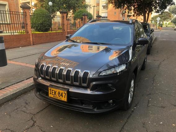 Jeep Cherokee Longitude Excelente Estado