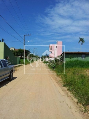 Terreno Excelente A 600,00 Metros Da Praia, Alto E Plano, Pronto Para Construir, No Itacolomi Em Piçarras Sc. - Te007