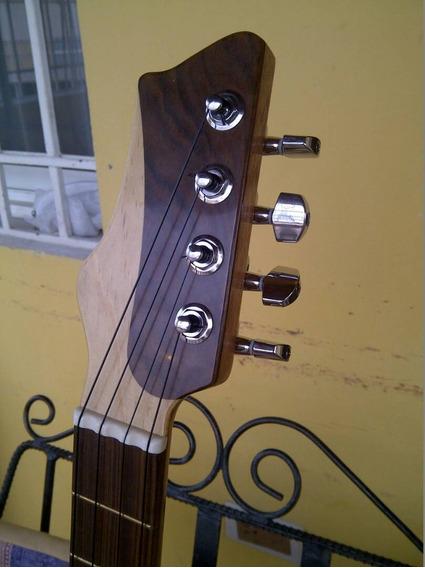 Cuatro Electroacústico. Mod. 04. Luthier Andrés Rodríguez