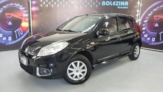 Renault - Sandero 1.0 Authentique 2012