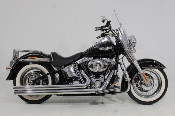Harley Davidson Softail Deluxe 2013 Preta