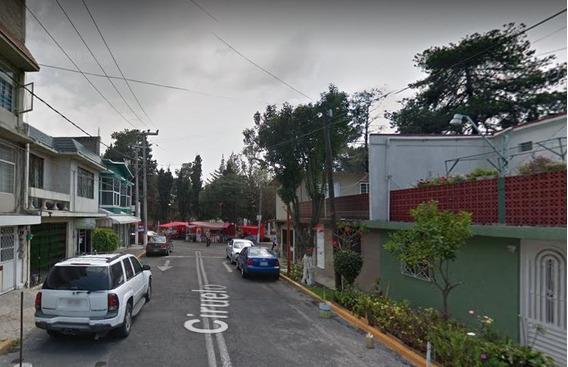 Casa En Tlalnepantla, En San Rafael
