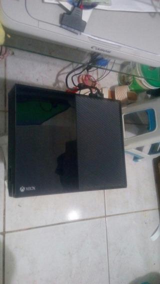 Xbox One 500gb Com Defeito Pra Consertar Ou Aproveitar Peças
