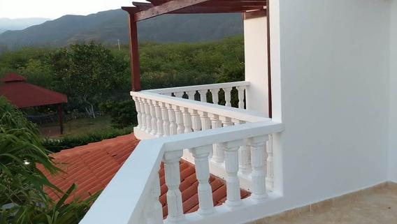 Preciosa Villa De Lujo En Venta En Ocoa