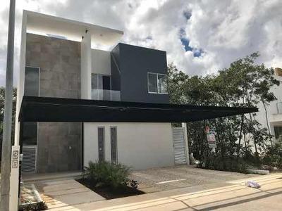 Casa En Venta Con Alberca En Residencial Aqua, Cancún