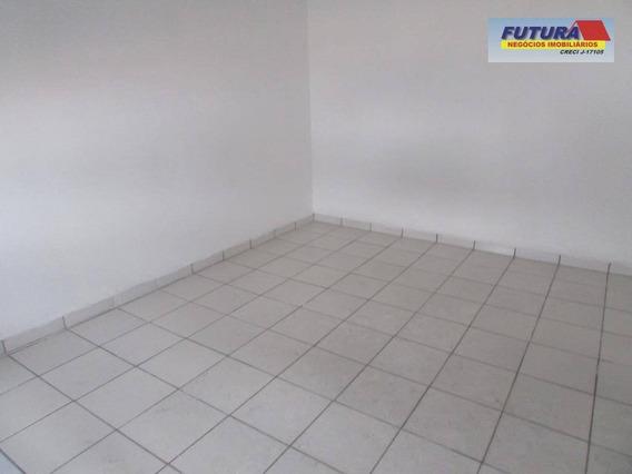 Kitnet Com 1 Dormitório À Venda, 28 M² Por R$ 110.000,00 - Centro - São Vicente/sp - Kn0103