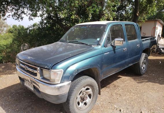 1999 Toyota Hilux 2.4 4x4 Std D/c