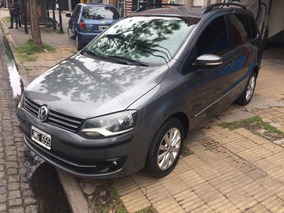 Volkswagen Suran 1.6 Imotion Highline 11c 2010