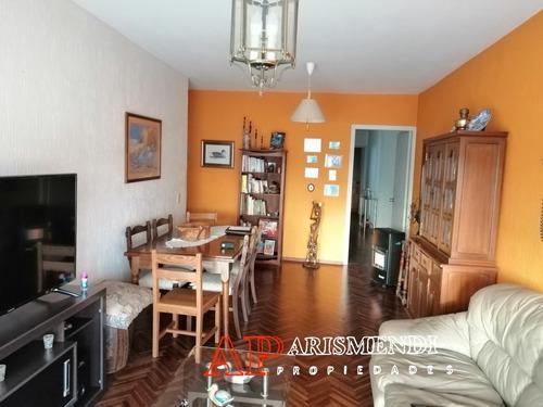 Imagen 1 de 14 de Hermoso Apto Sobre Avenida De Dos Dormitorios Y Dos Baños!!!