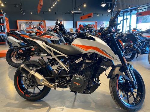 Motocicleta Ktm Duke 390 2021 0km Blanca