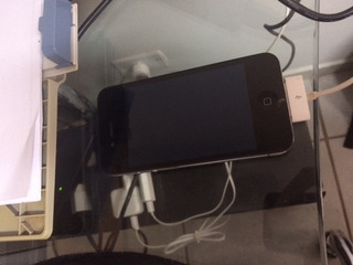 iPhone 4 - 8gb Preto