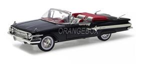 Chevy Impala 1960 Conversível 1:18 Motormax Preto