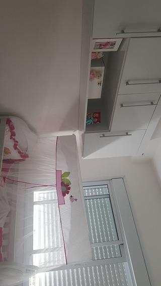 Apartamento Com 2 Dormitórios,com Armários Embutidos
