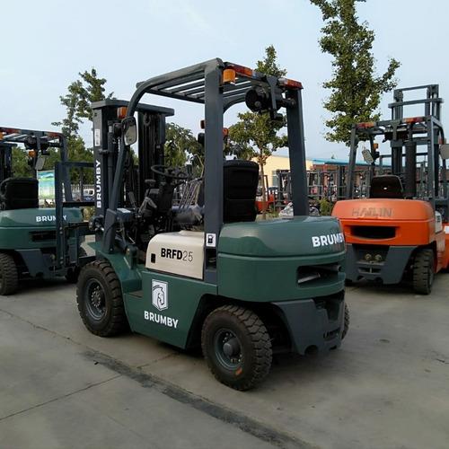 Autoelevador Brumby 2,5 Tn Torre 3m - Diesel Xinchai