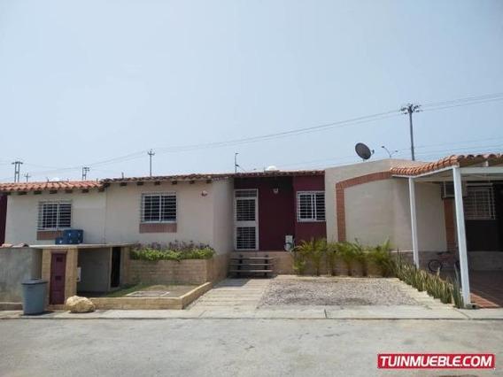 Casas En Venta Cabudare Los Cerezos Código 19-10948 Zegm