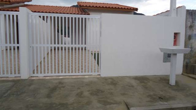 Casa Nova, 2 Dorms, 5 Minutos De Carro Na Praia E No Centro