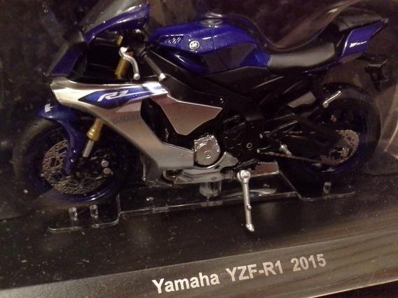 Miniatura Moto Yamaha Yzf R1 2015 Azul Salvat 1:18 (11,5 Cm)