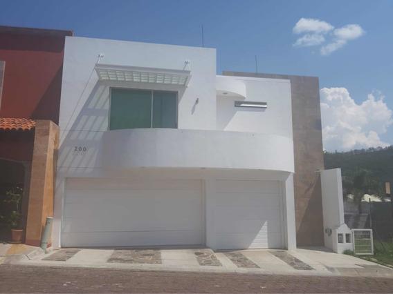 Morelia, Casa Céntrica Fraccionamiento Con Vigilancia