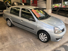 Renault Clio Sedan 1.0 16v Expression Hi-flex 4p