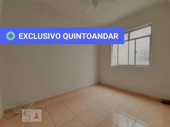 Apartamento No 1º Andar Com 1 Dormitório E 1 Garagem - Id: 892973729 - 273729