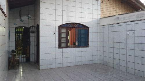 Casa Na Praia Vera Cruz , Próximo A Rodoviária.