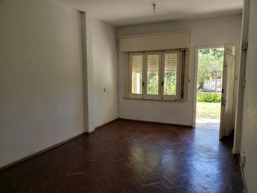 Casa Alquiler Carrasco 2 Dormitorios Patio