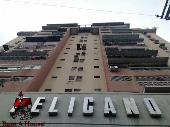 Apartamento En Venta Urbanizacion El Centro 20-5940 Jab