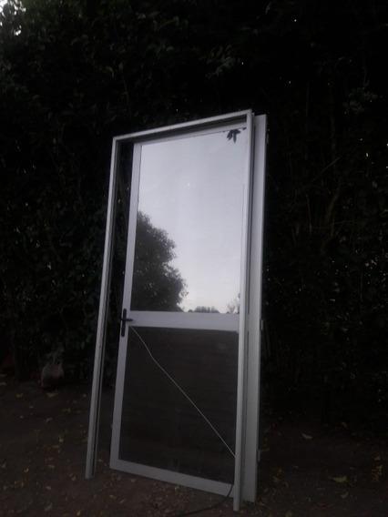 Puerta De Aluminio De 2.27 Mts De Alto Por 1mts De Ancho