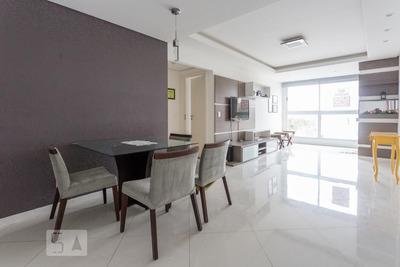 Apartamento No 3º Andar Mobiliado Com 2 Dormitórios E 2 Garagens - Id: 892868835 - 168835