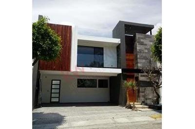 Venta Casa En Lomas De Angelópolis I, Clúster 888, San Andrés Cholula, Puebla