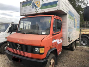 Mercedes-benz 709 1990