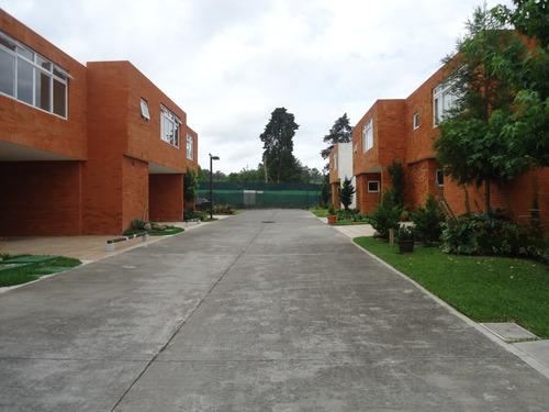 Imagen 1 de 12 de Renta Casa En Condominio En San Gaspar Zona 16