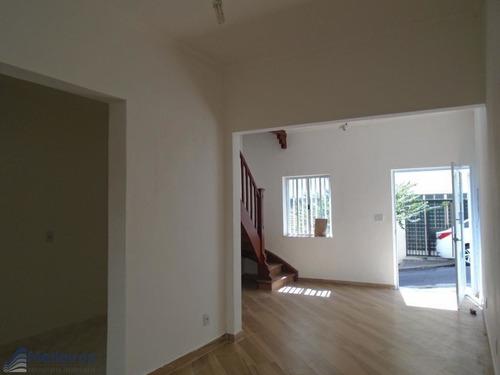 Imagem 1 de 15 de Sobrado Com 02 Dormitórios,refomado, No Melhor Local Da Bela Vista, Ao Lado Rua Santo Amaro-b.vista. - Md845