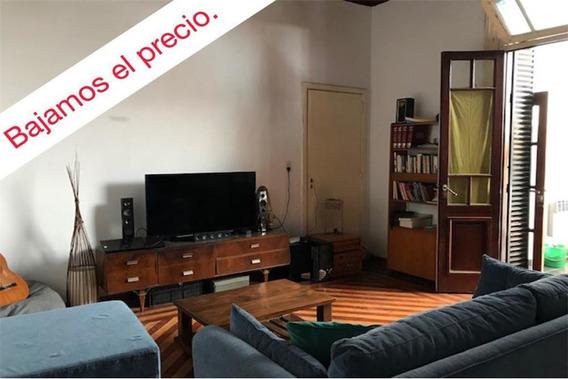 Casa En Lote Propio C/patio Y Terraza - Paternal