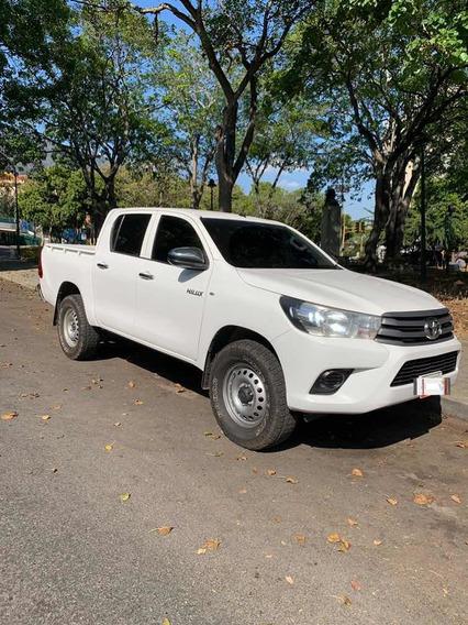 Toyota Hilux 2.7 Dubai 4x4