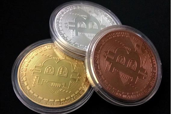 3 Moedas Bitcoin Física- Edição Comemorativa- Banhadas- Btc