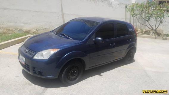 Ford Fiesta .