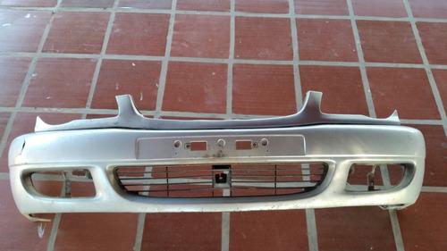 Parachoques Delantero Toyota Corolla 1999/2002.